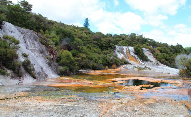 new zealand thermal hwy orakei korako cascade terraces