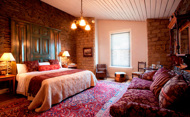 olivers lodge and stables coach house bedroom