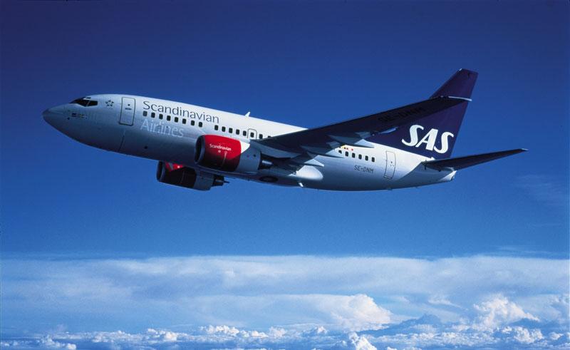 sweden sas aircraft in flight