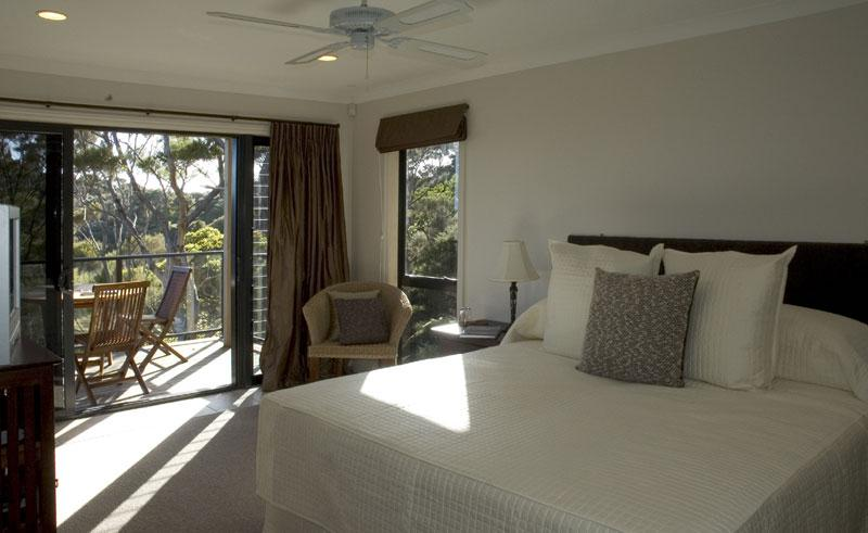 the sanctuary at bay of island bedroom