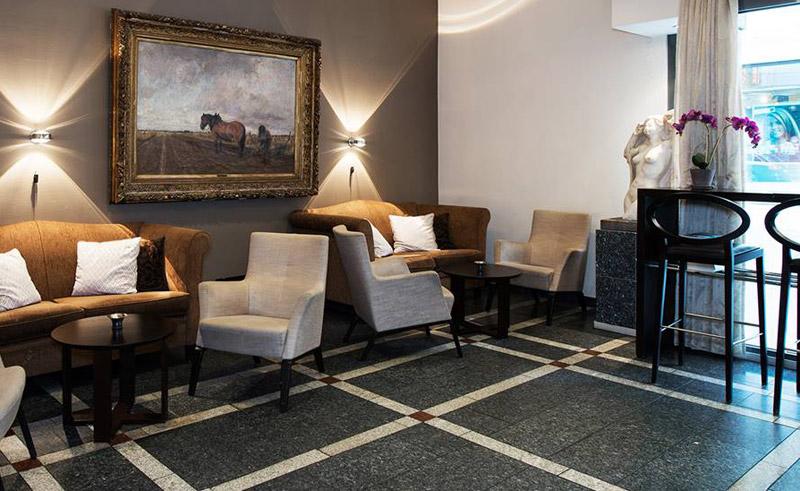 thon hotel cecil lobby