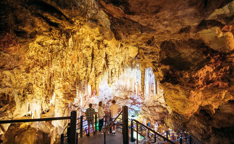 western australia margaret river nigilgi cave tour
