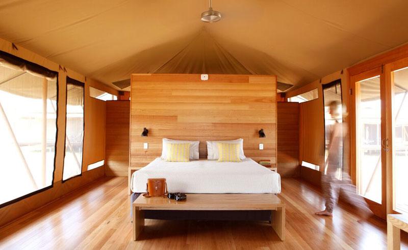 wildman wilderness lodge bedroom