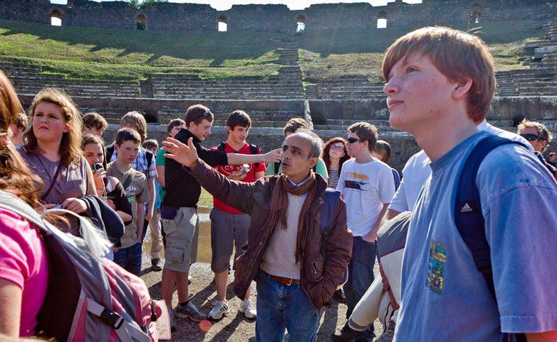Italy Students Group Pompeii