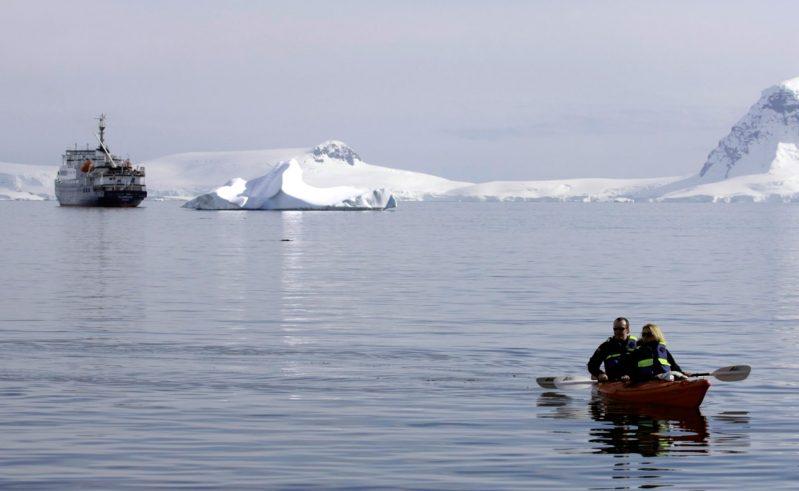 antarctica kayaking and ship ocnwde