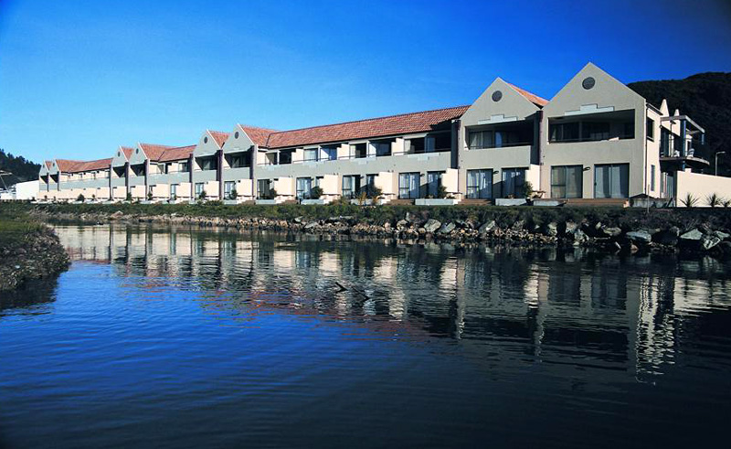 apartments on the waterfront picton exterior