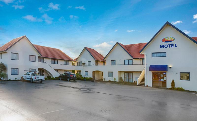 bella vista motel invercargill exterior