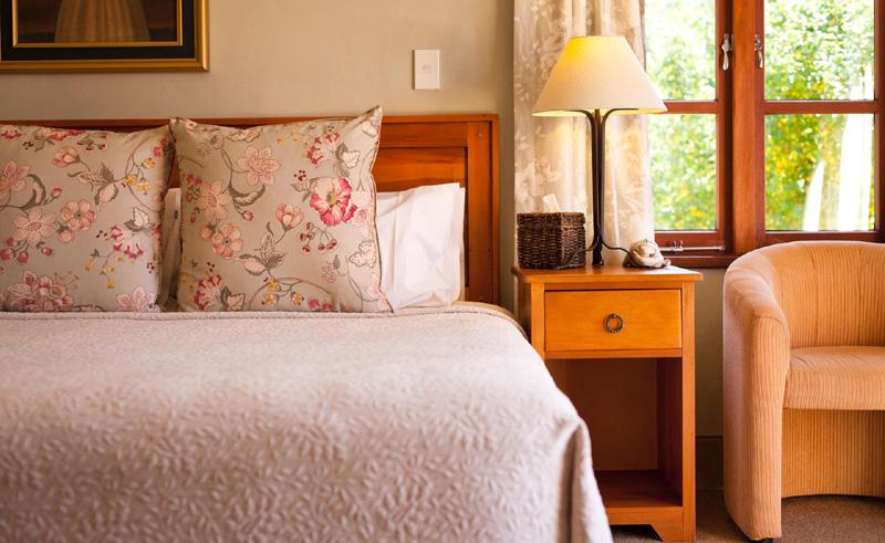 browns boutique bandb queenstown bedroom