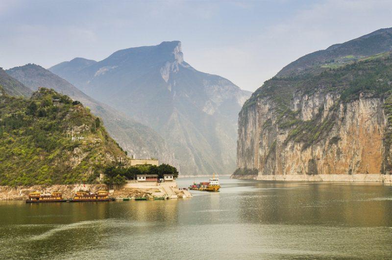 china yangtze river qutang gorge