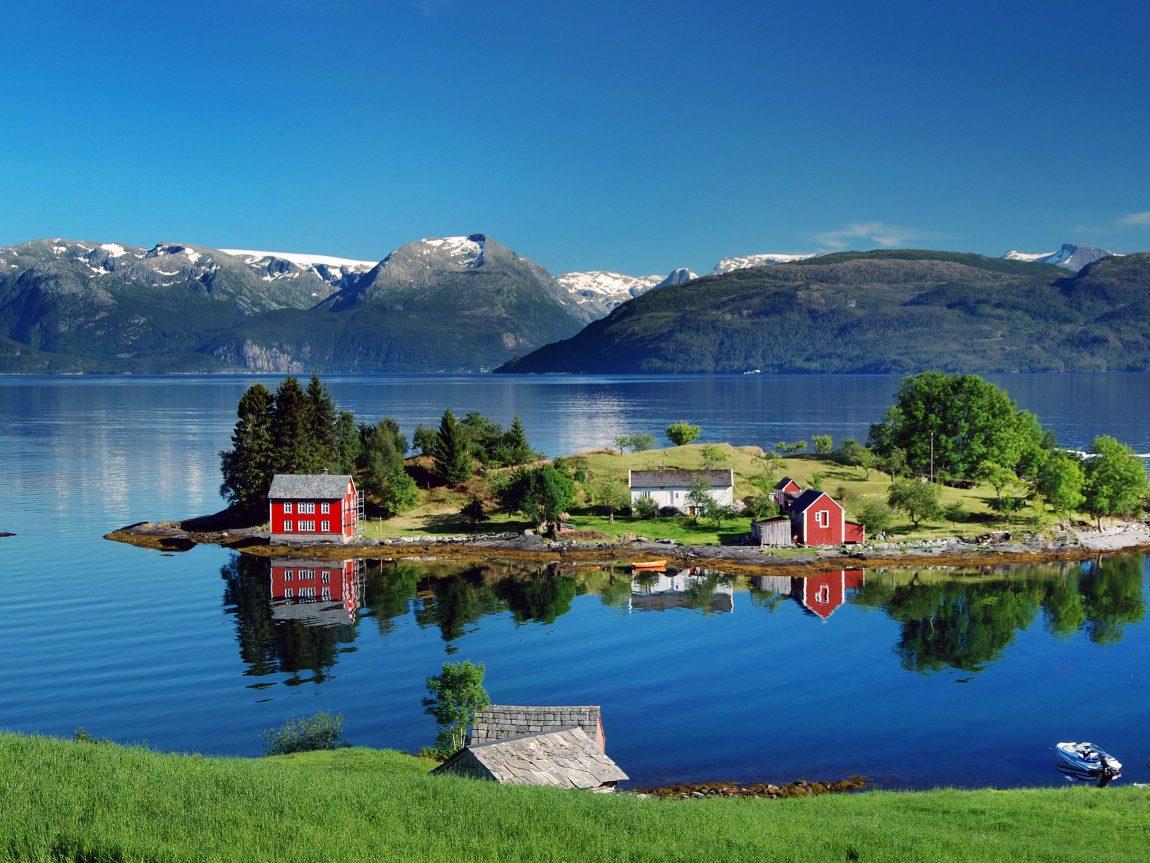 edu norway hardangerfjord summer
