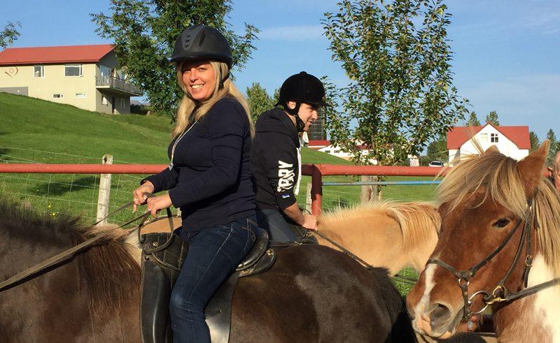 horseriding laura iceland