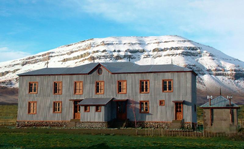 hosteria patagonia rebelde exterior