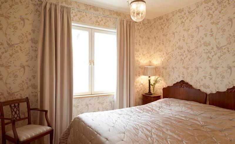 hotel pariisin ville bedroom