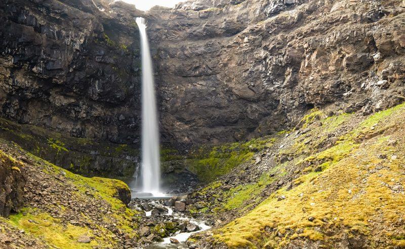 iain mallory Iceland blogone waterfall2