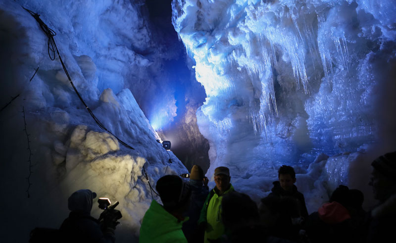 iceland langjokull ice cave4 rg