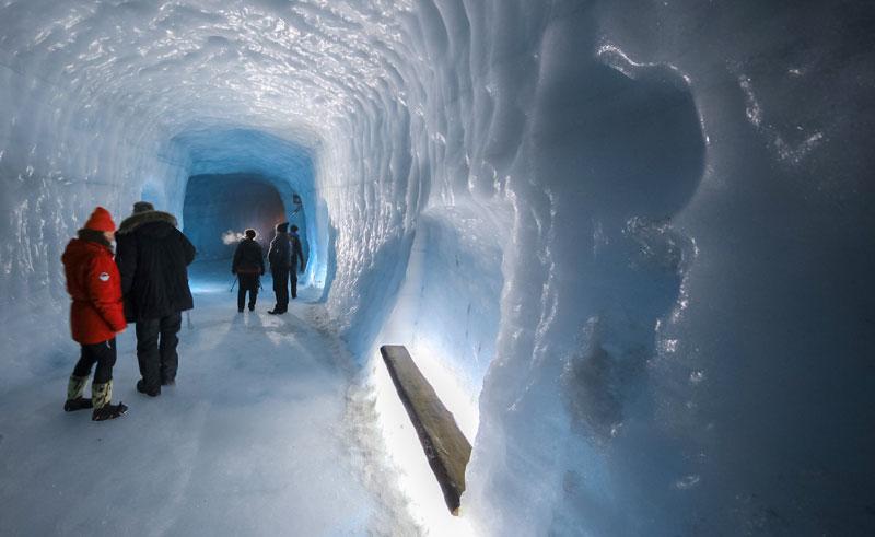 iceland langjokull ice cave6 rg