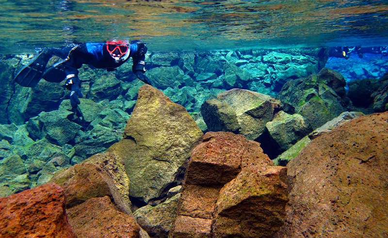 iceland snorkelling day tour silfra di