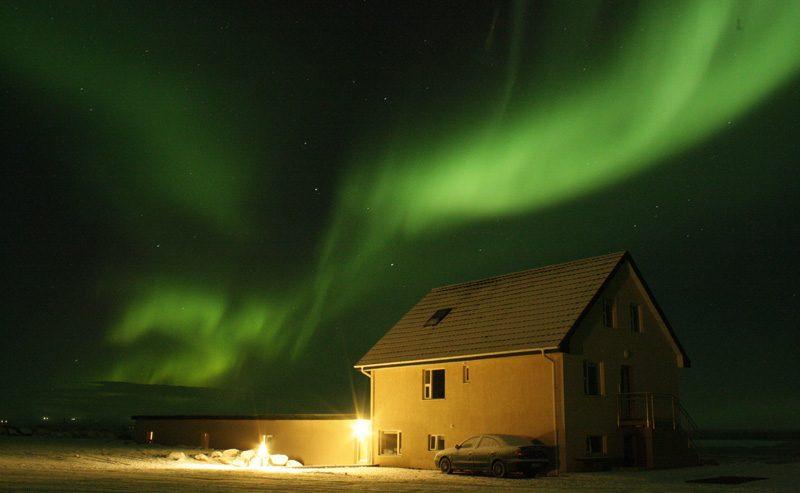iceland vatsholt aurora