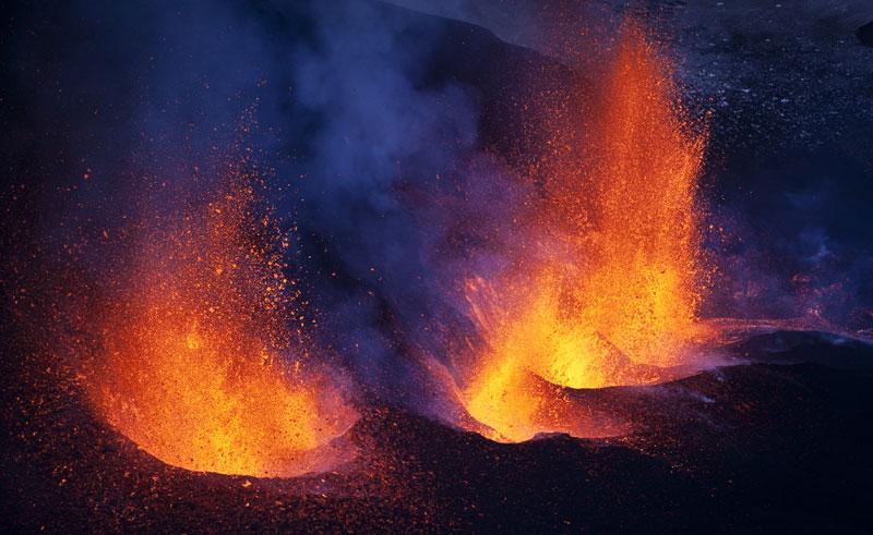 iceland volcanic lava eyjafjallajokull rth