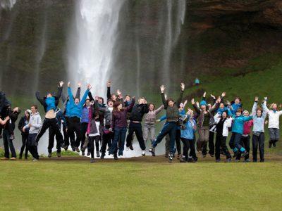 iceland waterfall packing blog