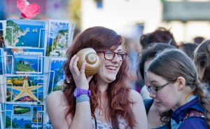 italy isle of capri student shopping rth