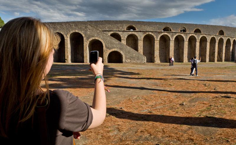 italy naples pompeii photograph rth