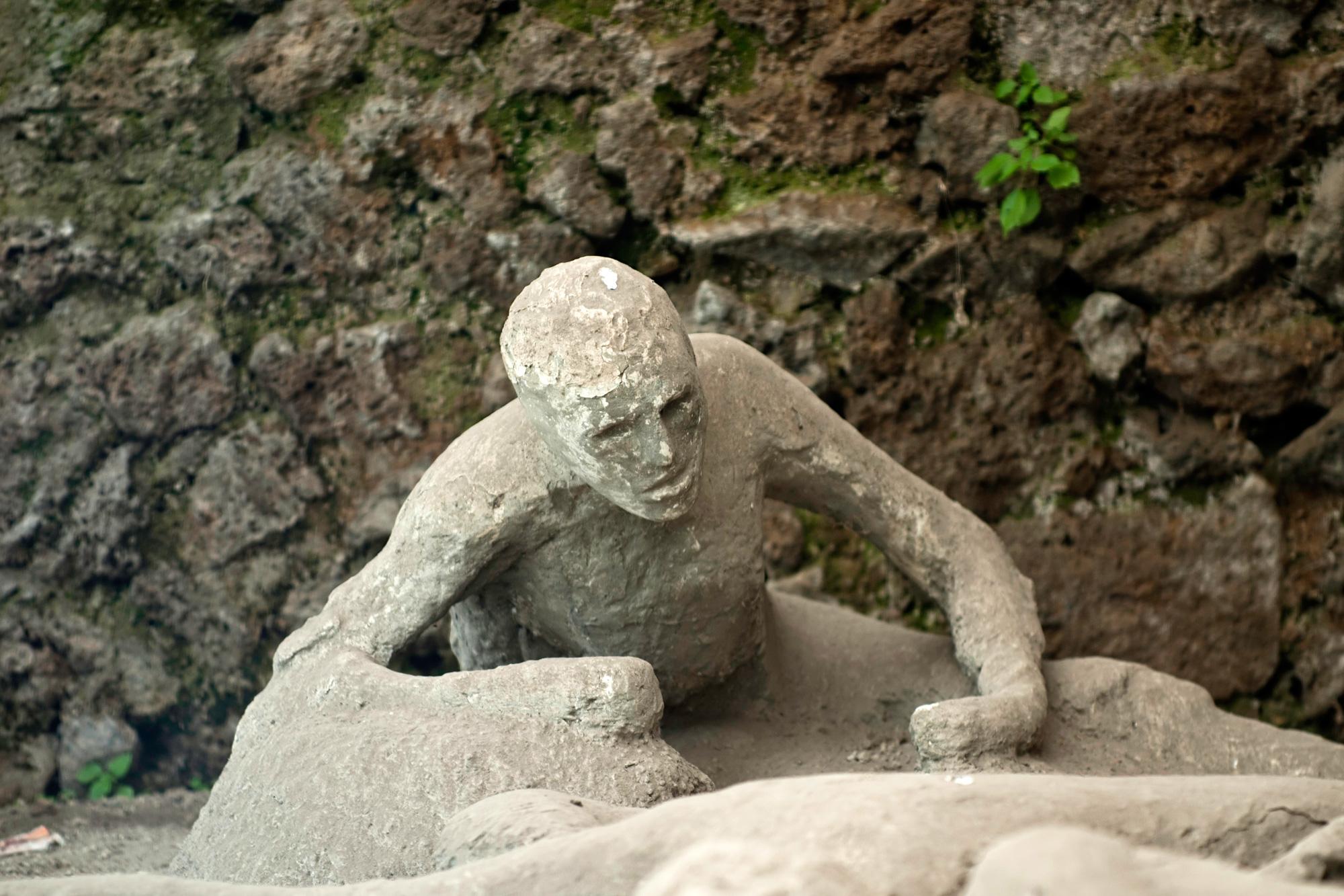 italy pompeii resident istk