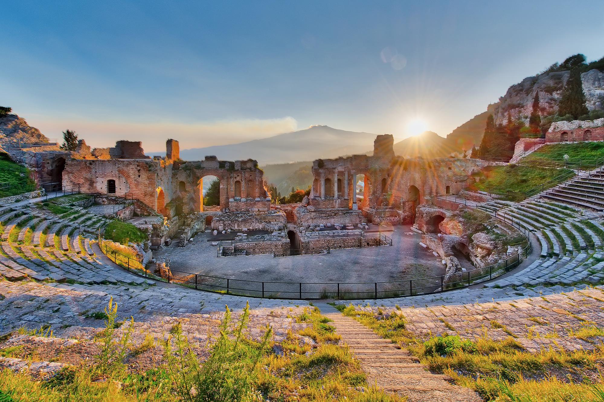 italy sicily taormina amphitheatre istk