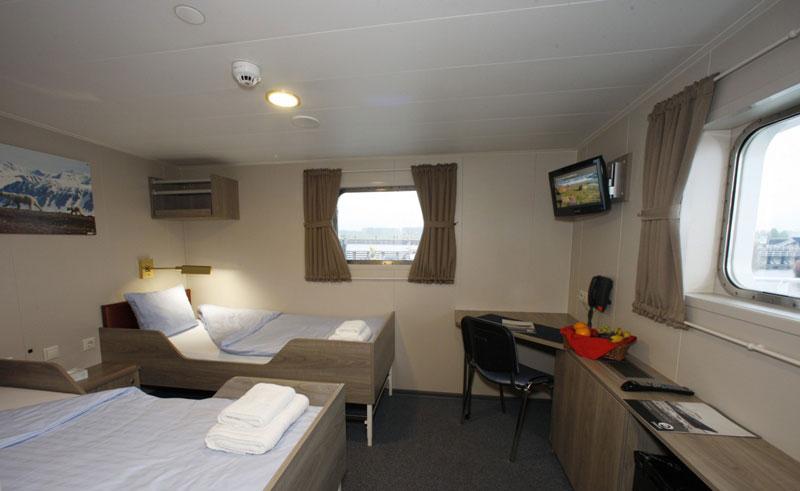 mv plancius twin bedroom cabin twin deluxe