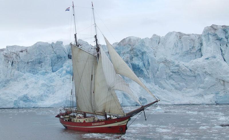 noorderlicht polar sailing vessel iceberg
