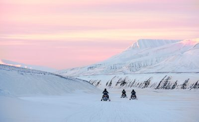 svalbard snowmobile safari east coast htgrtn