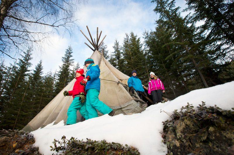 sweden varmland winter family with lavvu wtrwld