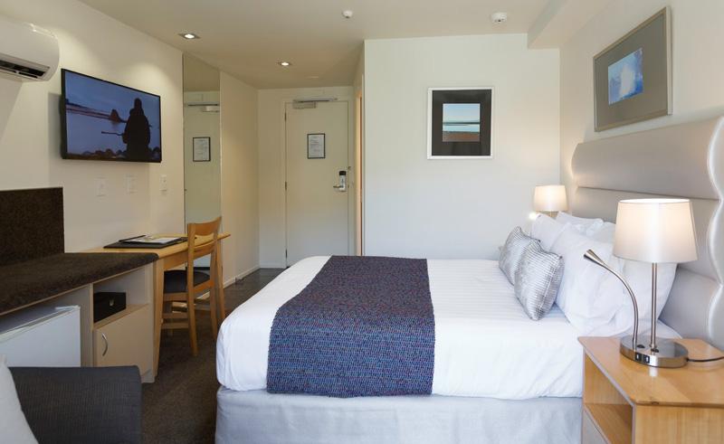 trailways hotel room