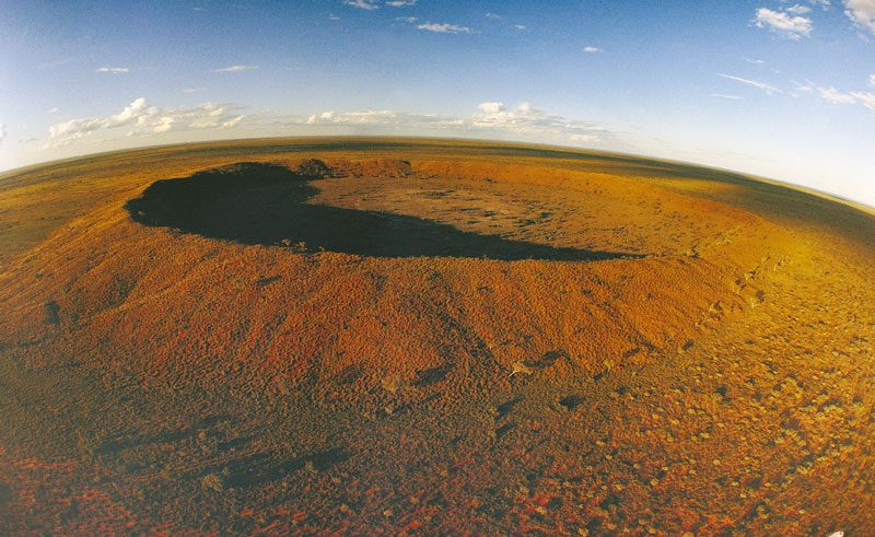 wa wolfe creek meteorite crater ariel view