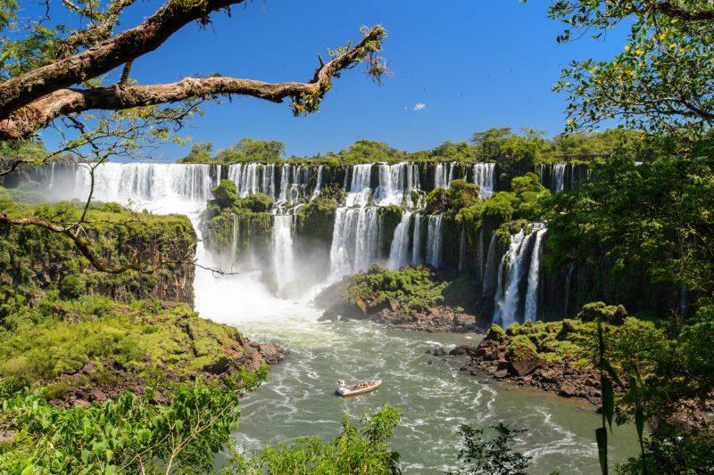 argentina iguasu falls and tour boat istk
