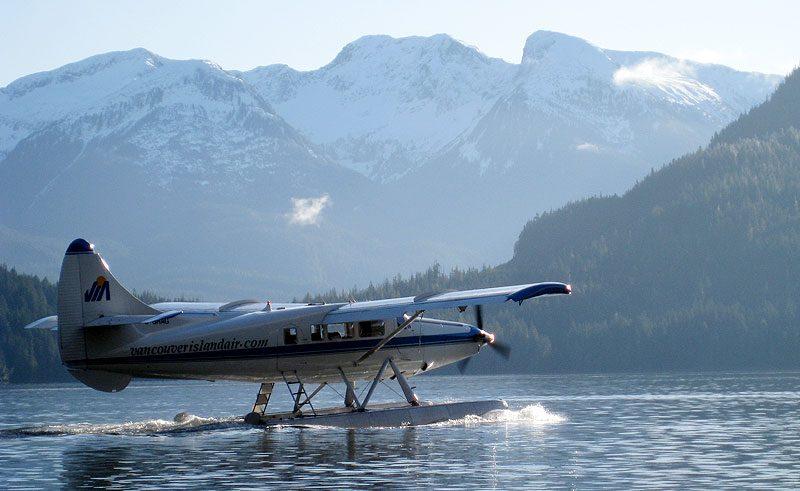 canada bc broughton archipelago floatplane