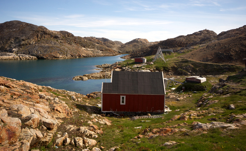 east greenland ikateq colour ful wooden dwelling gm