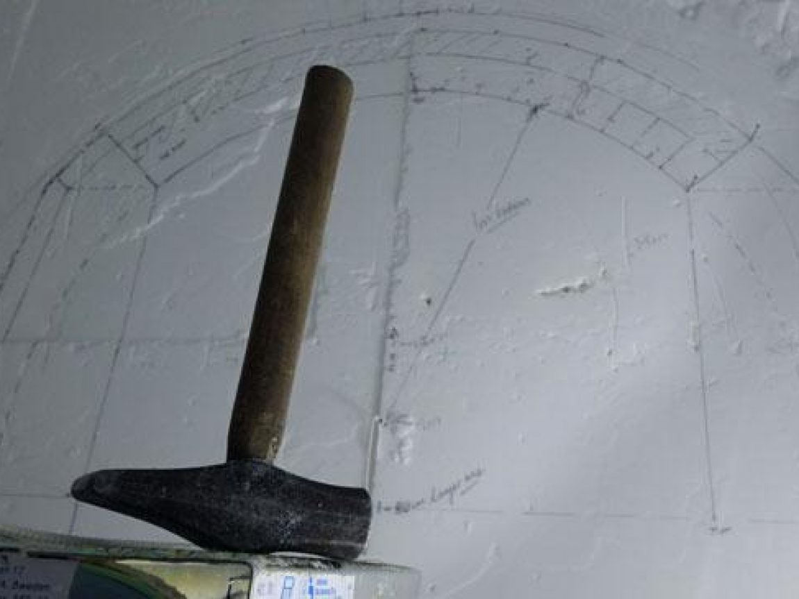 icehotel thaw hammer