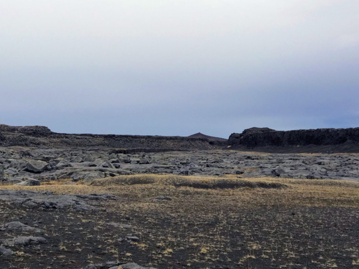 iceland dettifoss dry river bed
