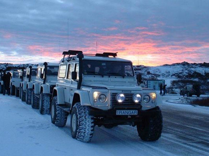 iceland superjeep ragnar convoy dusk