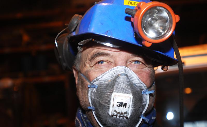 svalbard mine visit excursion htgrtn