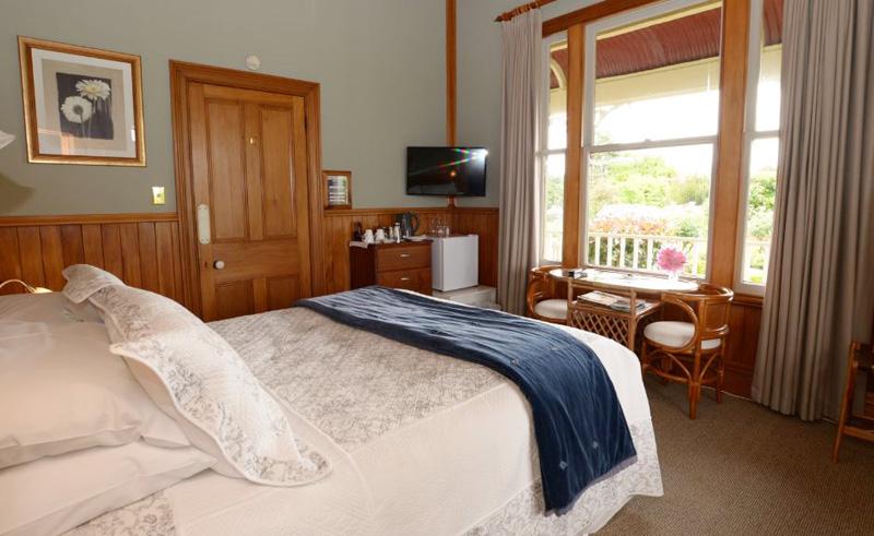 villa heights bb bedroom