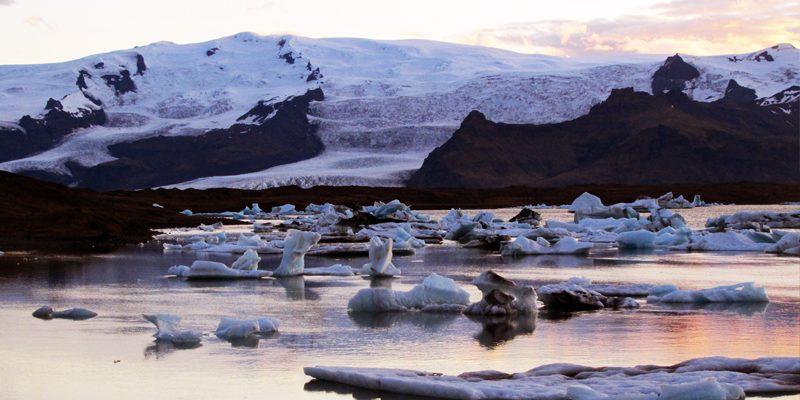 iceland mt oraerfajokull lagoon