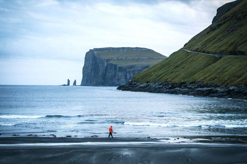faroe islands streymoy beach at tjornuvik towards risin and kellingin rock stacks fitb ss