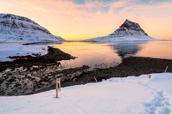 iceland snaefellsnes kirkjufell winter sunset istk