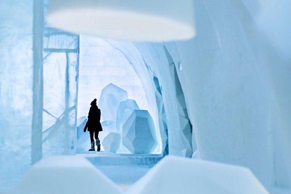 sweden lapland icehotel23 main hallway