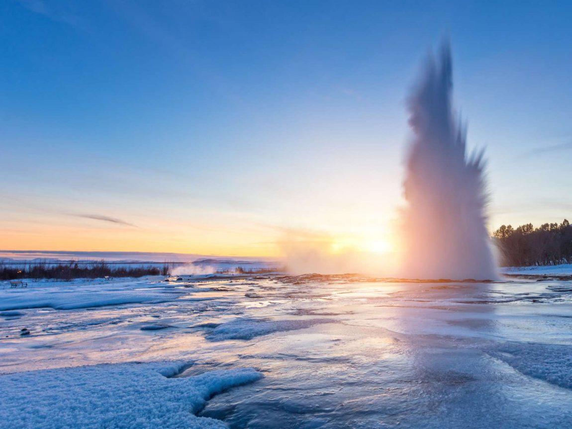 iceland south west strokkur winter eruption istk