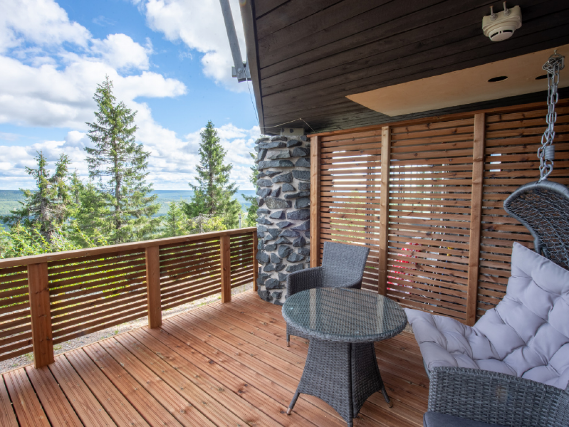 iso syote bear cave jacuzzi suite porch