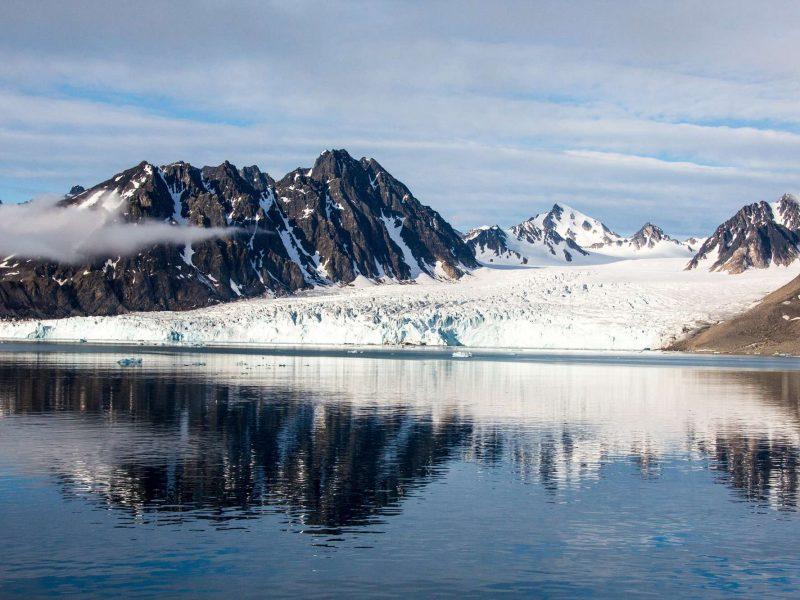 svalbard monacobreen glacier istk