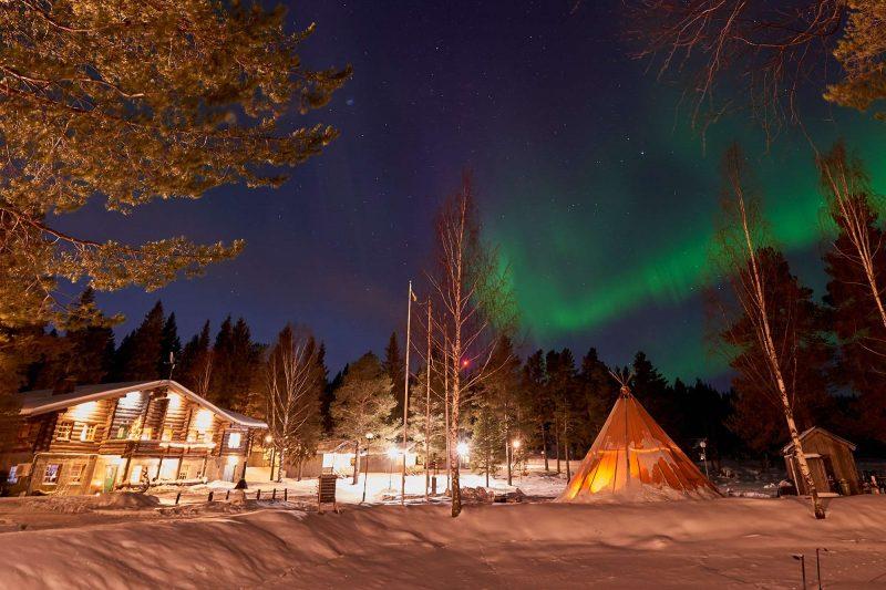 swedish lapland brandon lodge aurora tepee gr
